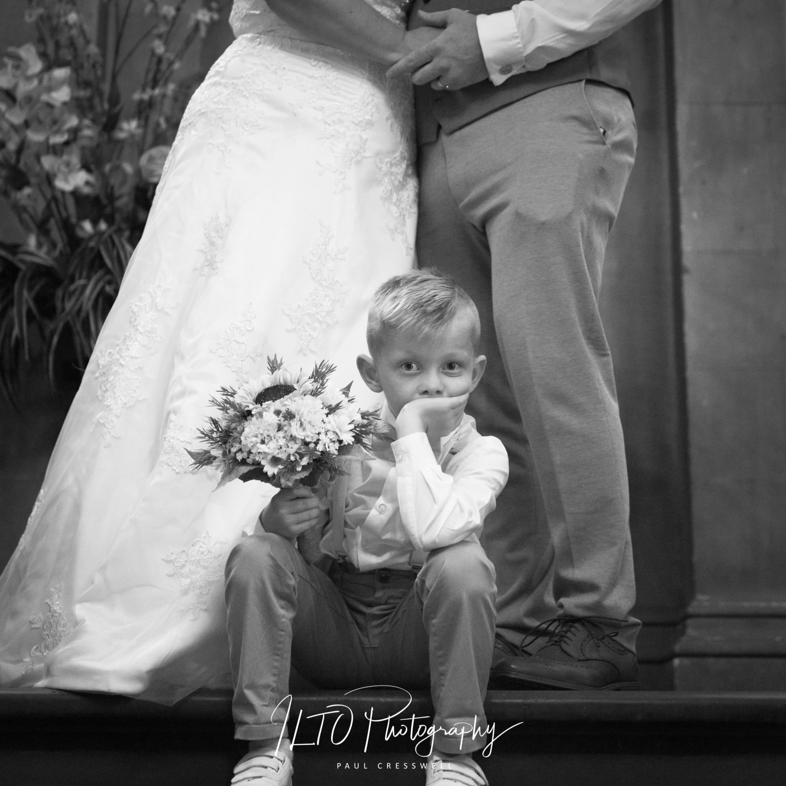 funny wedding photos Yorkshire, wakefield, leeds, affordable