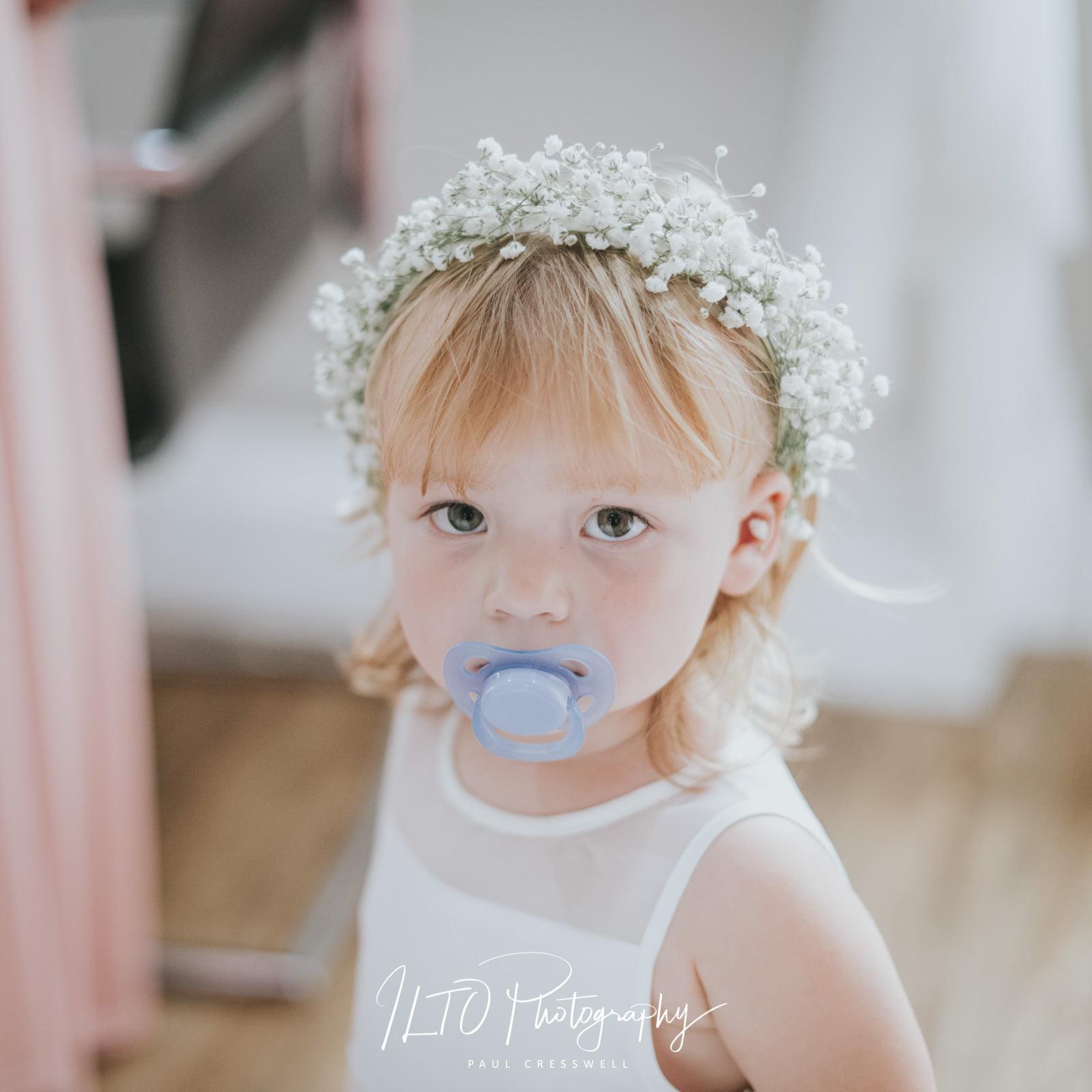 beautiful wedding photos Leeds photographer, yorkshire, flower girl