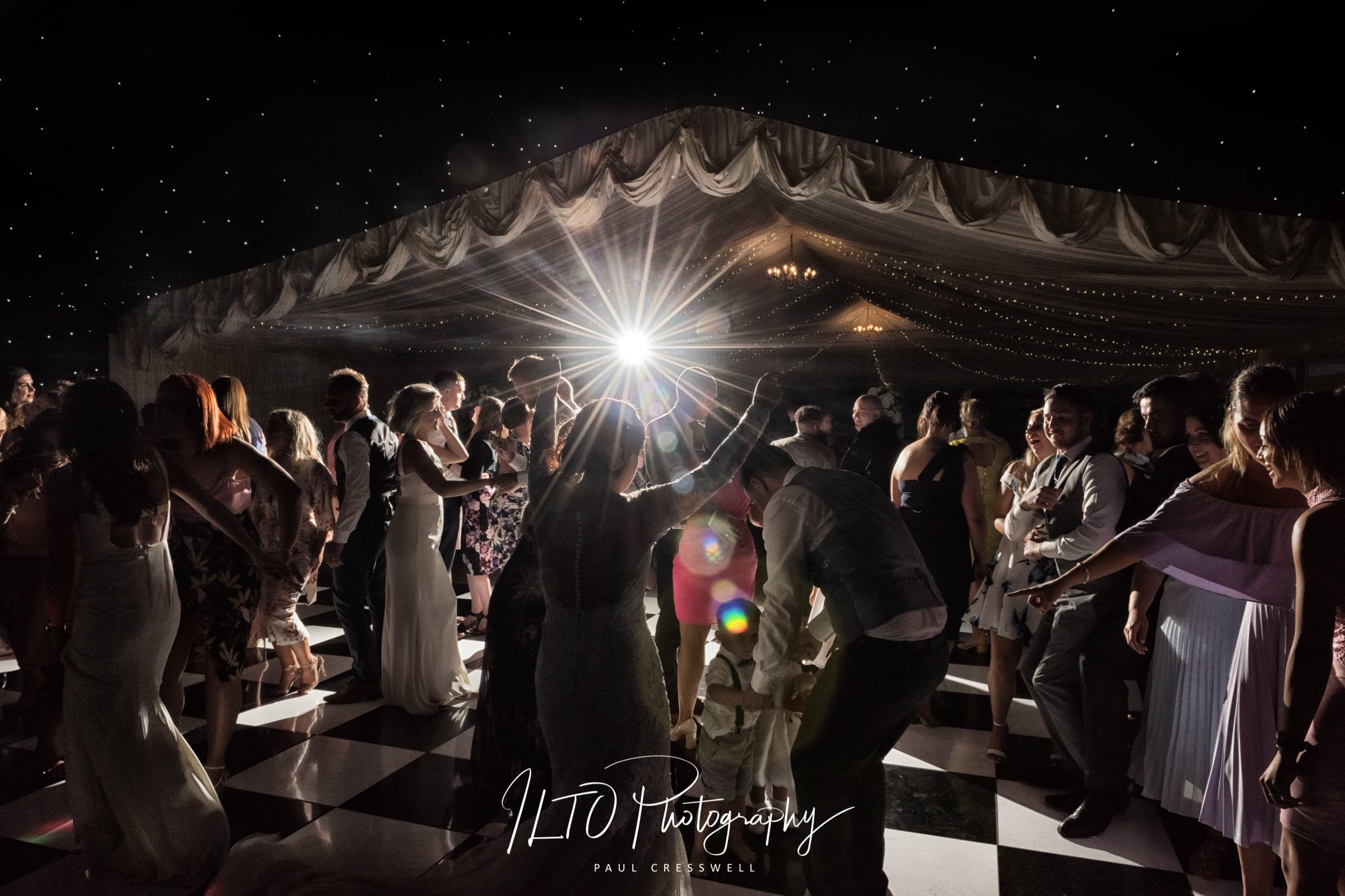 marquee wedding photo leeds wedding photographer