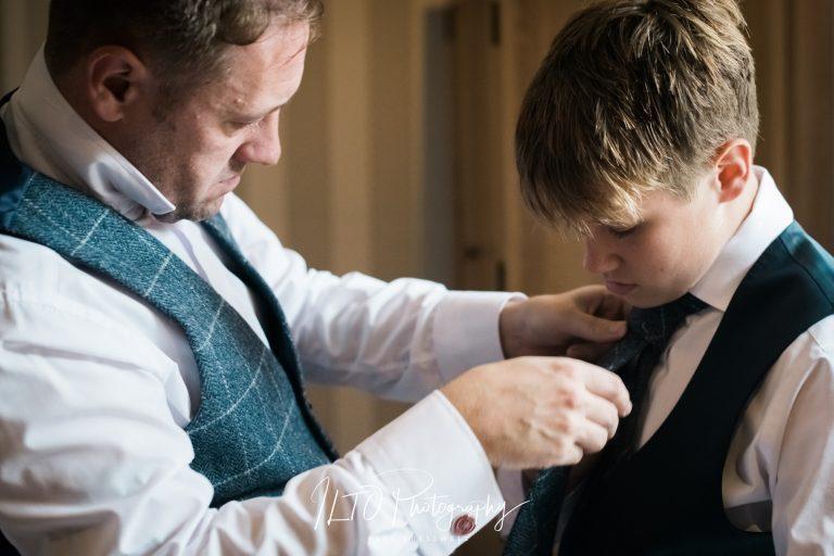 groom prep photo west yorkshire photographer ILTO Photography