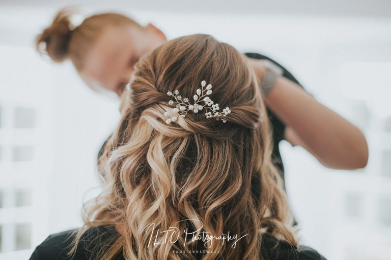 Bridesmaid hair style ideas, ILTO photography, wedding photographer