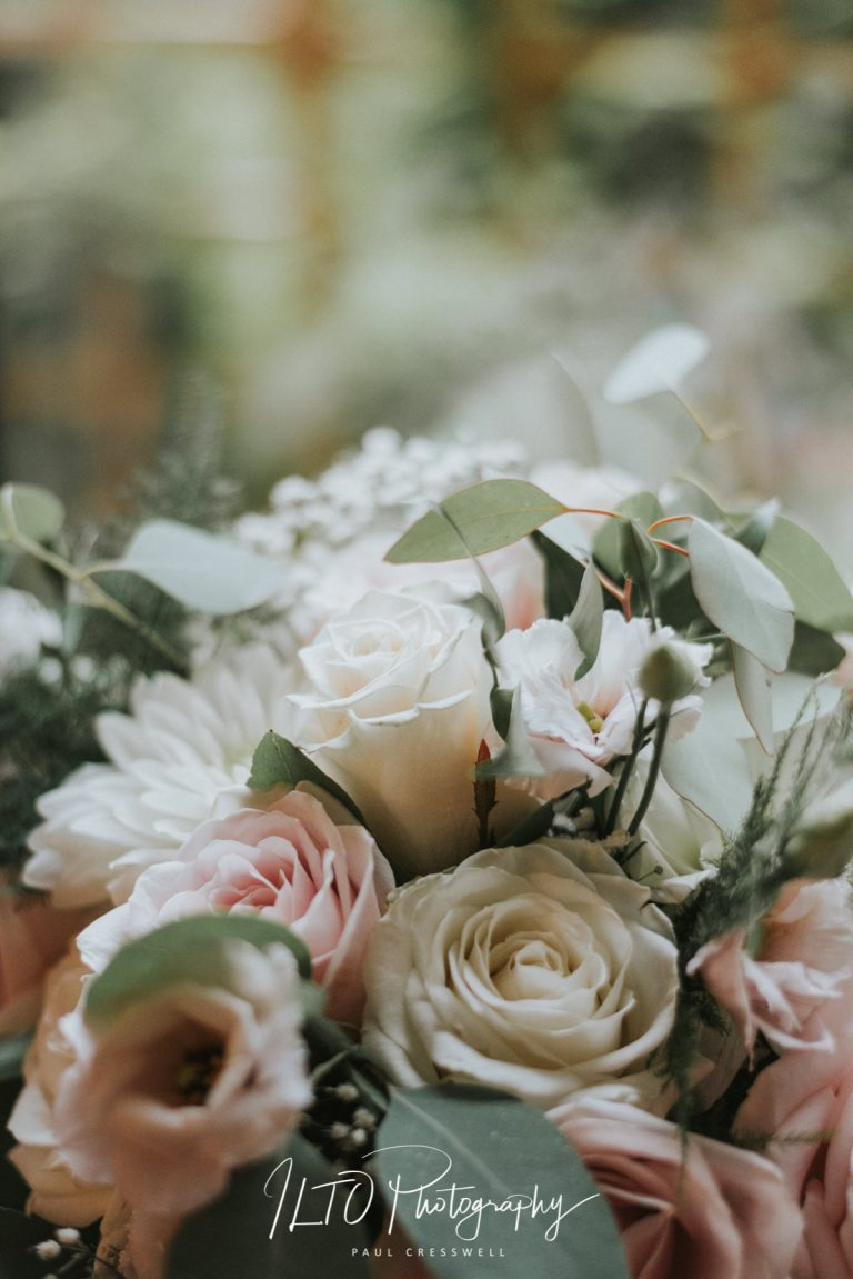 Wedding flower ideas, west yorkshire wedding photographer