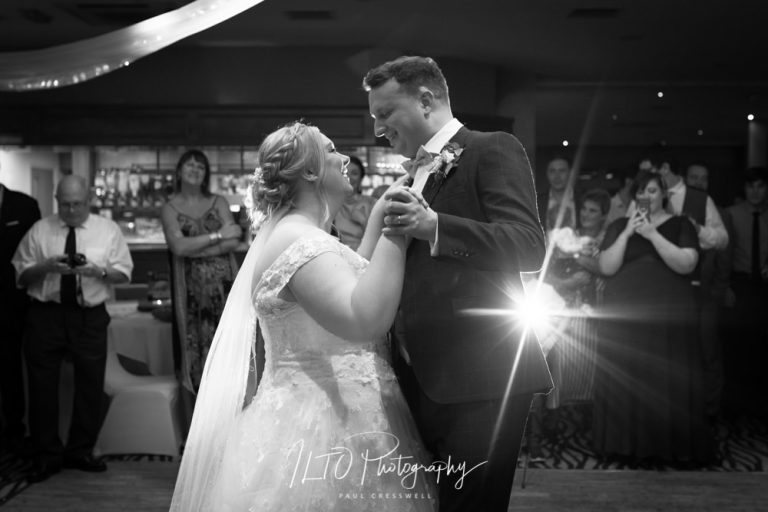 first dance Bagden Hall wedding photographer 2019