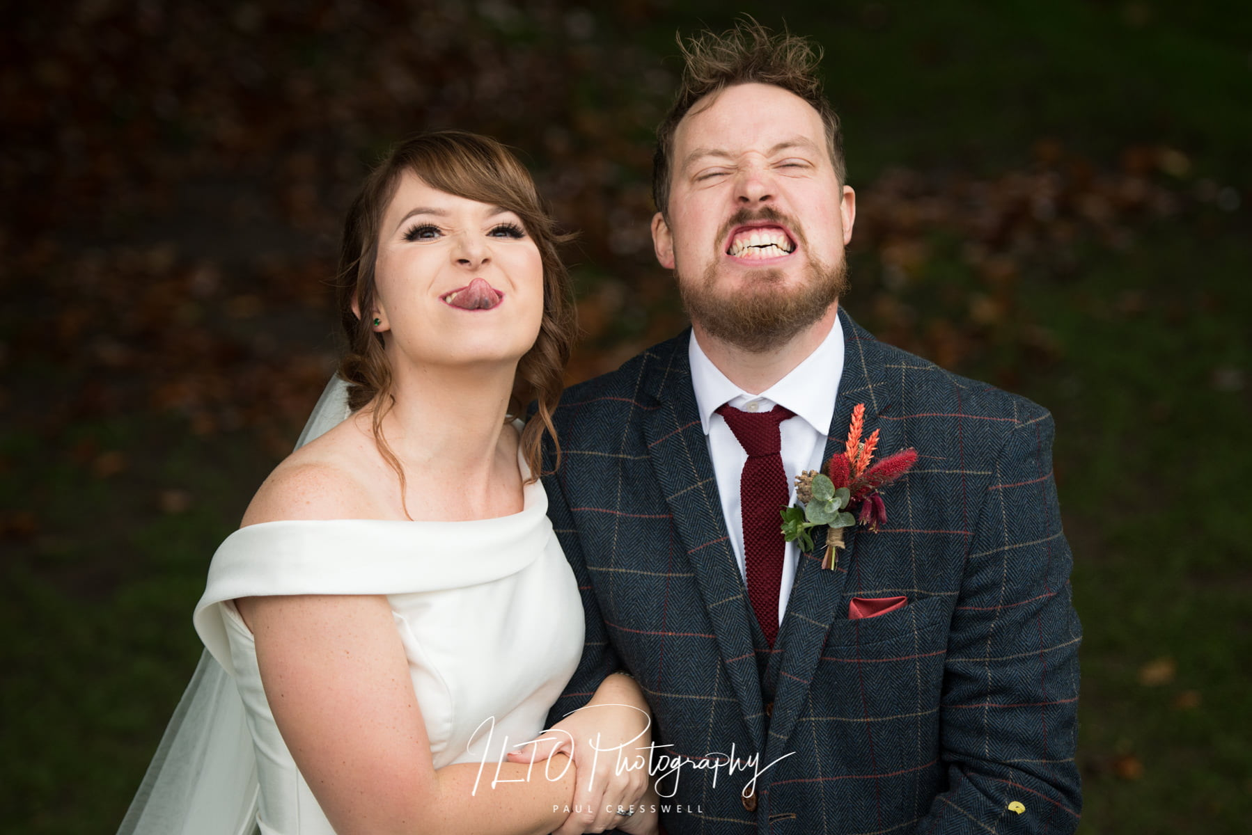 Fun wedding photography, wentbridge house, Pontefract